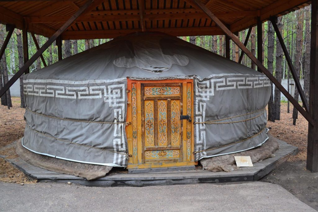Этнографический музей. Бурятский забайкальский комплекс. Войлочная юрта.