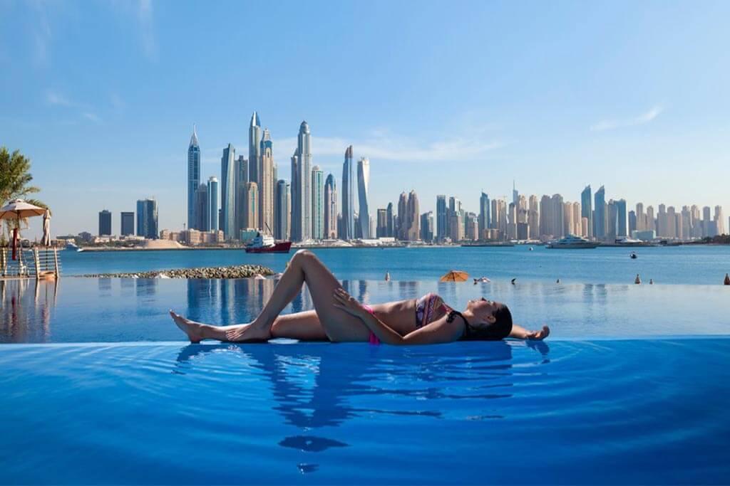 Тёплое море в октябре в ОАЭ